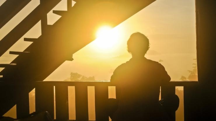 20150224184002-defeat-depression-relaxation-meditating