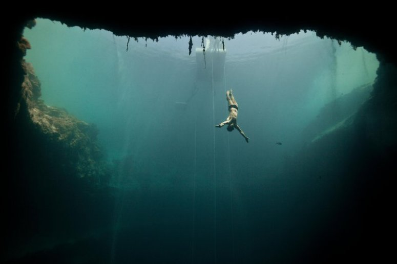 freediving-bubble-ring